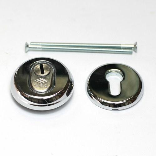Броненакладка на цилиндр 06460.51.0.18 (хром) CISA