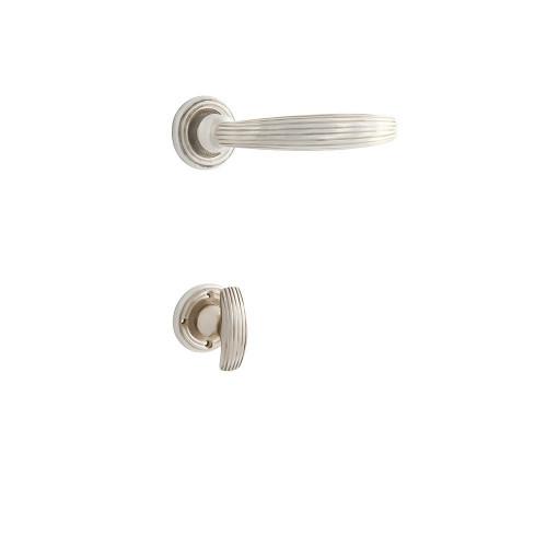 Дверная ручка на розетке РДР-59(покрытие серебром)